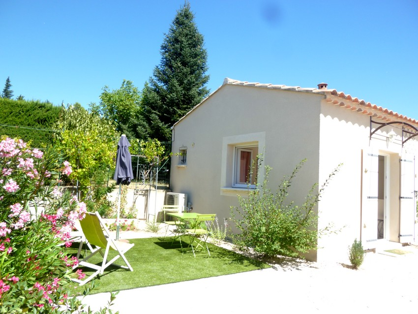 bed and breakfast near Avignon in Provence garden